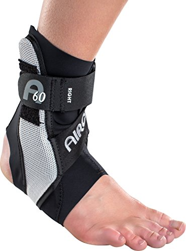 Aircast A60 Ankle Support Brace, Right Foot, Black, Medium (Shoe Size: Men's 7.5-11.5 / Women's 9-13)