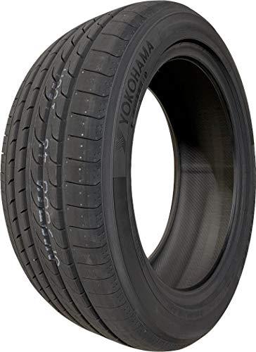 ヨコハマ(YOKOHAMA) 低燃費タイヤ BluEarth RV-02 215/55R17 94V 新品1本