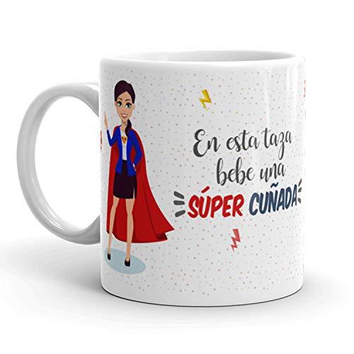 Kembilove Taza de Café para Cuñada – Aquí Bebe una Super Cuñada – Taza de Desayuno para Familia – Regalo Original para Familiares, Navidad, Aniversarios – Taza de Cerámica de 350 ml