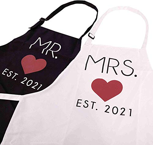 Mr. and Mrs. 2021 Couples Kitchen Aprons (2-Piece Set) Cute, Funny Cooking Bibs for Wedding Marriage Newlyweds