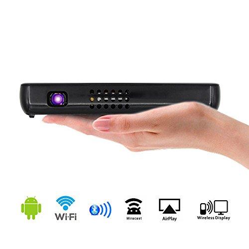 『BLUPOW DLP モバイル プロジェクター 小型 WiFi対応 Andriodシステム搭載 500ルーメン 1080P 800*480 プロジェクターホームシアター USB充電可能 iPhone/iPad/スマホ対応 三脚付き 日本語取説PDF WiFiブラック』のトップ画像