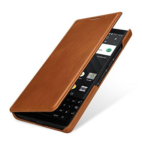 StilGut Book Type Case, Funda de Piel para Blackberry KEY2. Flip Case de Cuero Genuino con Abertura Lateral. Carcasa para Blackberry KEY2, marrón Cognac
