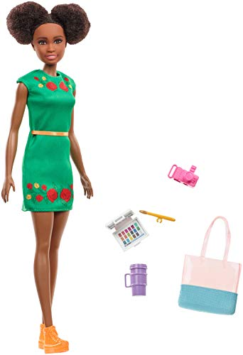 Barbie GBH92 - Travel Nikki Puppe, Puppen Spielzeug ab 3 Jahren