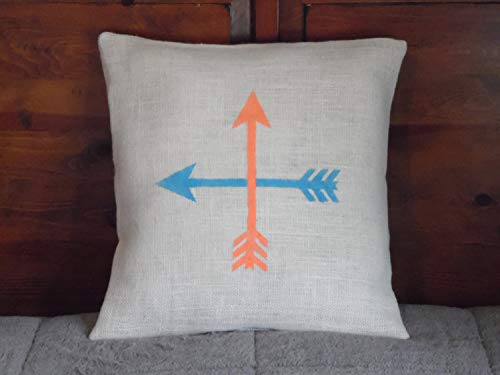 Funda de almohada personalizada con diseño de flecha, rústica, color marfil y coral