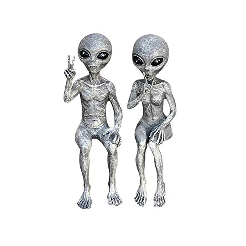 FUNDISINN Alien Resin Statue, 17 cm Tall Alien Room Decor, Outer Space Alien Statue Dude and Babe Shelf Sitters Statue Figurine Home Decoration (Babe)