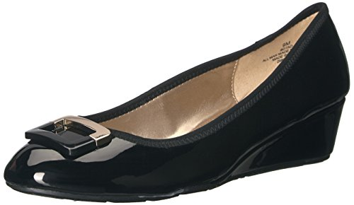 Bandolino Footwear Women's Tad Pump, Black, 10