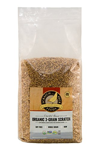Scratch and Peck Cluckin' Good Organic 3-Grain Scratch