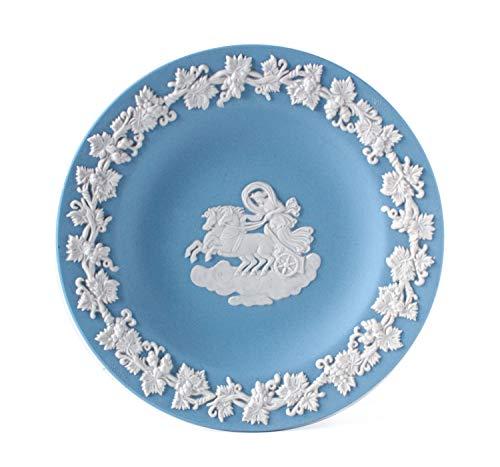 Wedgwood Aurora Blue Jasperware Tablett in Schachtel mit weißem Relief, neoklassischer Aurora-Weinrankenborte, runder Jaspis, mit Geschenk-Box