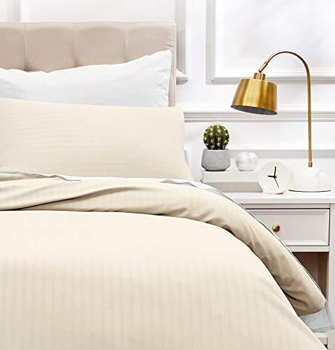 Amazon Basics - Juego de ropa de cama con funda nórdica de microfibra y 1 funda de almohada - 135 x 200 cm, crema