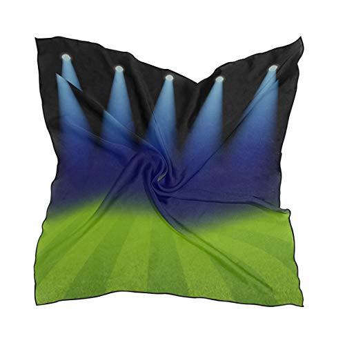 Bufandas de moda para mujer, focos brillantes Campo de fútbol verde iluminado Seda cuadrada Sensación de pelo Bufanda Envolver Pañuelo en la cabeza 23.62