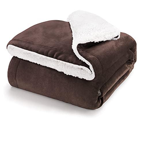 Blumtal Mantas para Sofá Reversible de Sherpa y Franela Suave - Manta Polar 100% Microfibra Extra Suave, Manta de sofá, de Cama o de Sala de Estar, Marrón Oscuro, 130 x 150 cm