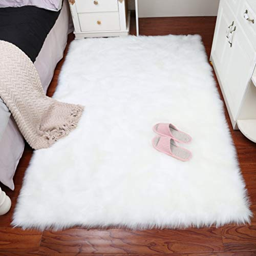 YOH Modern Imitation Sheepskin Ultra Soft Silky Fluffy Area Rugs,Fluffy Shag Rug for Living Room Bedroom Kids Room Floor,3 x 5 Feet,White