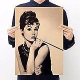 KMAOMAOYHYH Impresiones Modernas Vintage Star Hepburn Papel Kraft Serie de Personajes Cartel Audrey Retro decoración Pintura Pegatina de Pared 60x90cm