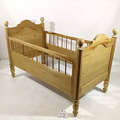 Arabesce Antique Shop Antikes Gründerzeit Kinderbett Puppen Bett von 1880 mit schönen gedrechselten Gitterstäben. Nadelholz massiv, schöne Maserung! Baby Puppen Sammeln Kinderzimmer Schlafzimmer
