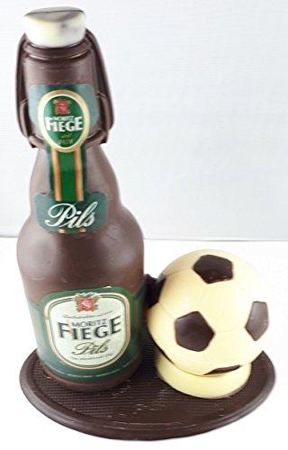 v12#122021 Schokolade, Bierflasche mit Bügel, in ORIGINAL Größe, mit Fußball, Fiege Bier, Bierflasche aus Schokolade, Schokoladenbierflasche, mit Fußball, Vatertag, echte Etiketten,'