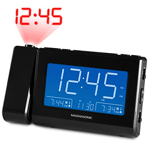 """Magnasonic Alarm Clock Radio with USB Charging for Smartphones & Tablets, Time Projection, Auto Dimming, Dual Gradual Wake Alarm, Battery Backup, Auto Time Set, Large 4.8"""" LED Display, AM/FM (CR64)"""