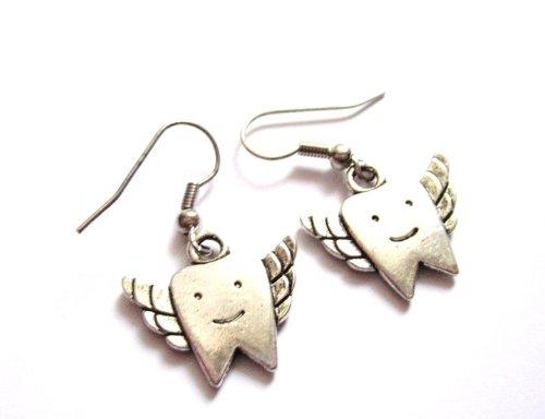 Zahn mit Flügeln Ohrringe Damen Modeschmuck silber-farben