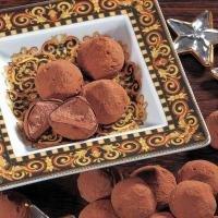 Belgische Cacao-Trufflés (500g) Kakao-Konfekt. Ein herrliches, mit feinem Kakaopuder bestäubtes Konfekt, das buchstäblich auf der Zunge dahinschmilzt. €21,90/kg
