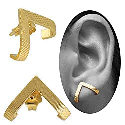 minimalist dainty stud earrings