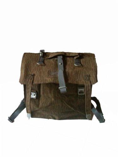 NVA Sturmgepäcktasche (ohne abgeb. Riemen, aber mit Tragegestell)