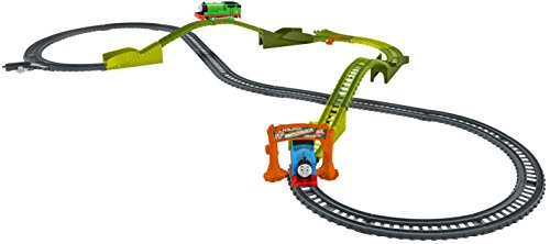 Thomas & Friends Trackmaster Switchback Swamp- Pack de 25+ piezas para construir carril motorizado (Fisher Price)