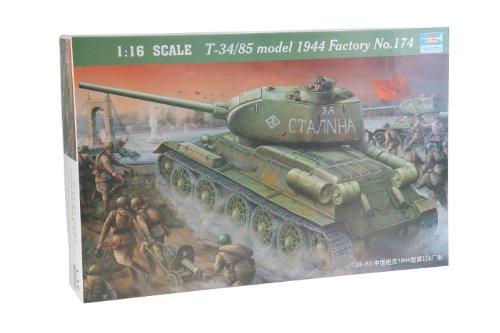 Trumpeter 00904 Modellbausatz T-34/85 1944 Baunummer 174