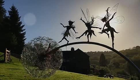 Delisouls Gartenfeen-Silhouette, tanzende Fee, Löwenzahnpfahl, Metallkunst, Elfen-Silhouette, Ornament, Skulptur für Außenbereich, Garten, Rasen, Hof, Feen und Löwenzahn, Dekoration