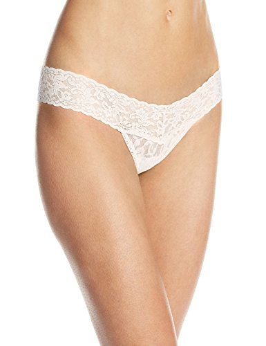 Hanky Panky Women's Signature Lace Low Rise Thong Panty, Ivory, One Size