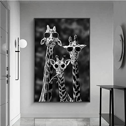 CAPTIVATE HEART Arte de la Pared de la Lona 40x60cm sin Marco Familia de Jirafas Divertidas con Gafas de Sol Pinturas de Animales en Blanco y Negro en la Imagen de Arte de Pared