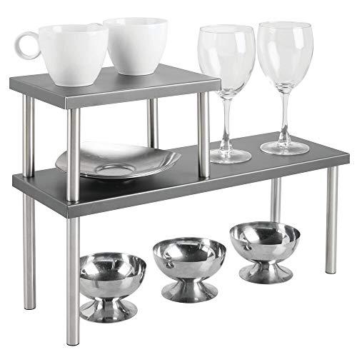 mDesign Küchenregal mit 2 Ablagen – schmales Tellerregal für Arbeitsplatten und in Schränken – zweistöckige Geschirrablage aus Metall und Edelstahl für die Küche – dunkelgrau und mattsilberfarben