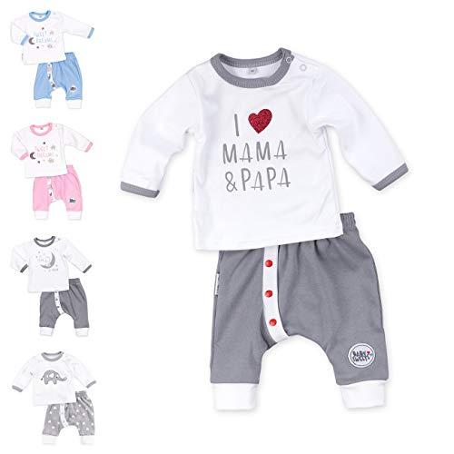 Baby Sweets Unisex 2er Baby-Set mit Hose & Shirt für Mädchen & Jungen/Baby-Erstausstattung in Grau & Weiß mit Mama-Papa-Motiv/Baby-Kleidung aus Baumwolle in Größe 3 Monate (62)