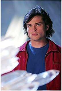 Tom Welling 8x10 Inch Photo Smallville Cheaper by the Dozen 1 2 The Fog Red  Jacket Over 5bb2a5e6a479
