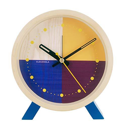 Cloudnola Flor Wecker und Standuhr aus Holz - Blau und Gelb - Deko Wecker, 31 cm Durchmesser, Batteriebetriebenes Quarz Uhrwerk, Lautlos - Designer Tischuhr ohne Tickgeräusche