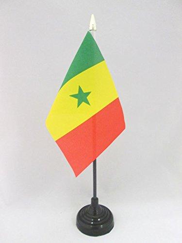 AZ FLAG TISCHFLAGGE Senegal 15x10cm goldene splitze - SENEGALESISCHE TISCHFAHNE 10 x 15 cm - flaggen