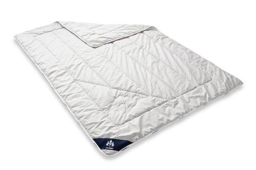 Badenia Bettcomfort Irisette Kamel Steppbett, leichte Bettdecke aus Kamelhaar für den Sommer, 135 x 200 cm, weiß