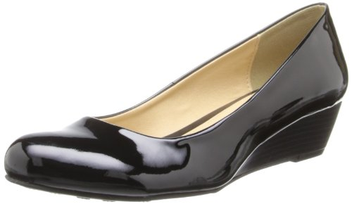 CL by Chinese Laundry Women's Marcie Wedge Pump, Black Patent,5 M US