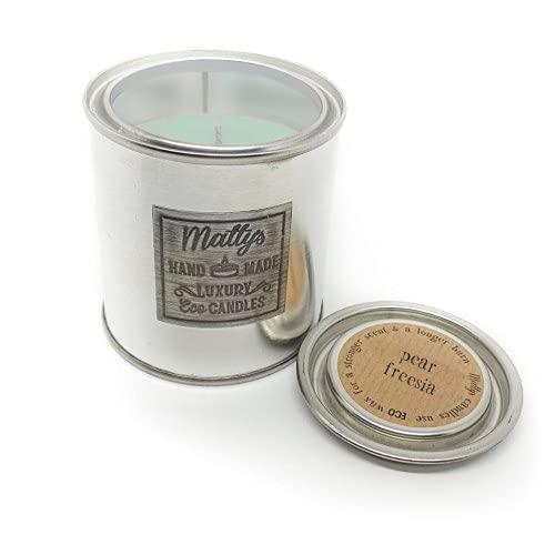 Matty's Candles Vela perfumada de coco y colza con aroma a pera y fresia. Envase reciclable ecológico