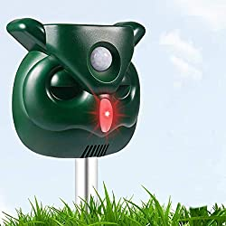 PETBROO Dog Cat Repellent, Ultrasonic Pest Repellent with Motion Sensor and Flashing Lights Outdoor Solar Powered Waterproof Farm Garden Yard Repellent, Cats, Dogs, Foxes