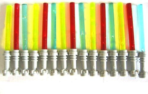 LEGO STAR WARS - 15 Laserschwerter 5 x grün / 5 x blau und 5 x rot