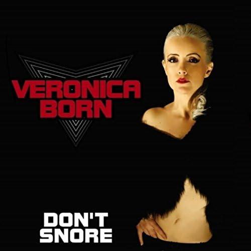 Veronica Born