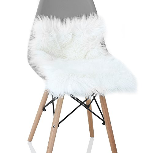 YOH Soft Fur Sheepskin Seat Cushion Chair Cover Carpets Fluffy Shaggy Area Rugs for Bedroom Living Room Home Decor Super Soft Mat 15.8 x 23.6 inches (White)