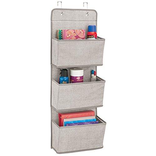 mDesign – Organizador de armarios con tela de zigzag – Organizador para colgar con 3 compartimentos - Polipropileno transpirable – Colgador de puerta para habitaciones infantiles y dormitorios