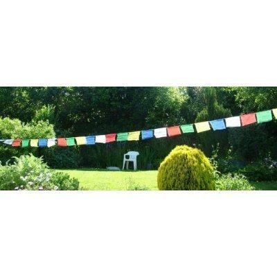 Tibetisches Gebetsfahnen-Set; Rolle mit 25Flaggen, Größe 27cm x 25cm. Gesamtlänge ca. 7m