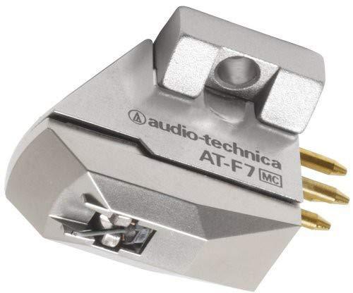 Montaggio 1/2' Centri Risposta in Frequenza 15 - 50.000Hz Materiale Corpo Alluminio/Resina Sintetica Separazione Canale 27dB (1kHz) Uscita Canale Equilibrio 1.5dB (1kHz) Tensione di uscita 0.35mV (1kHz e 5cm/sec.) Angolo di tracciamento verticale 23°...