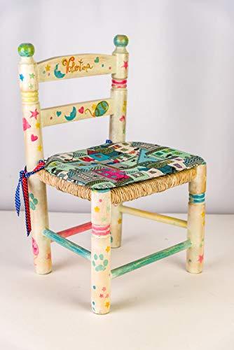 Silla infantil pintada a mano. Silla para niños personalizada. Mueble infantil de madera y enea. Regalo para recién nacido o niños pequeños