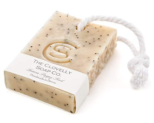 Clovelly Soap Co Natürliche handgemachte Peeling-Seife für sensible Haut Zitrone, Mohnsamen & Kurkuma Kordelseife 100g