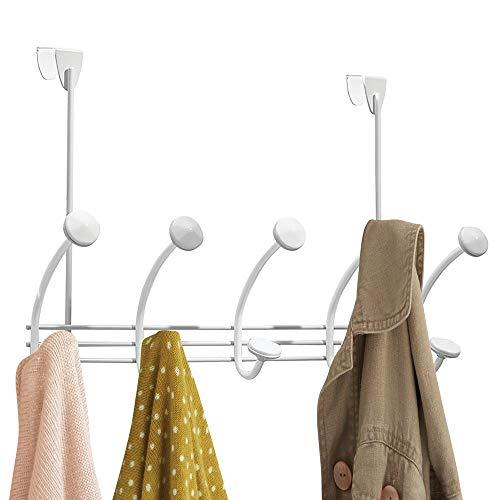 mDesign Hakenleiste – 10 Garderobenhaken für die Tür in Flur und Bad - Mäntel, Jacken, Bademäntel, Handtücher - weiß