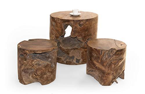 Un único, mesa con dos taburetes de madera de teca de tronco, mano