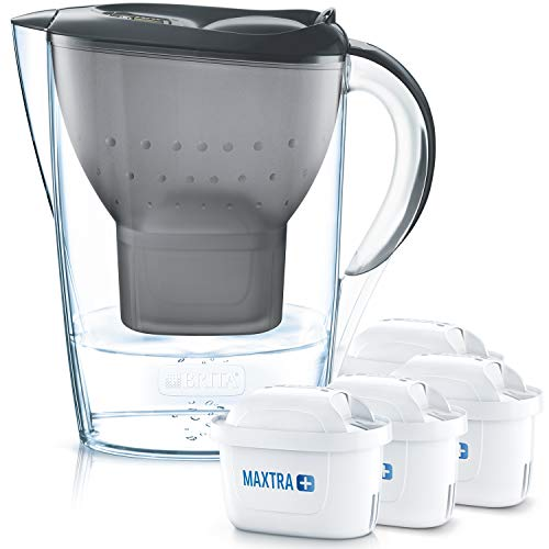 BRITA Wasserfilter Marella grau inkl. 4 MAXTRA+ Filterkartuschen – BRITA Filter Vorteilspaket zur Reduzierung von Kalk, Chlor, Blei, Kupfer & geschmacksstörenden Stoffen im Wasser