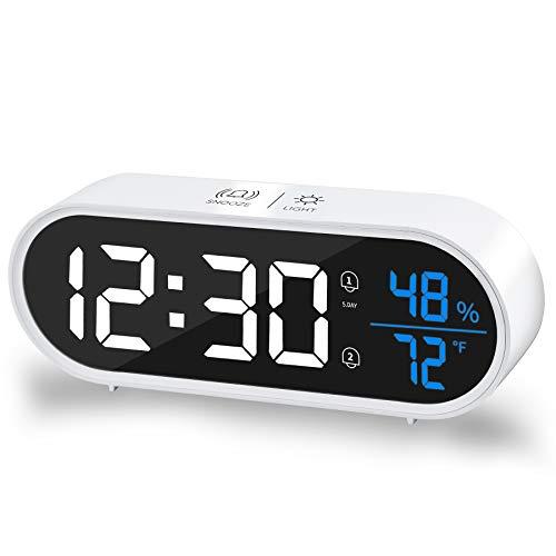 Digitaler Wecker,Digitaluhr mit LED-Anzeige Für Temperatur und Luftfeuchtigkeit,Einstellbare Lautstärke und Helligkeit, Sprachsteuerung,Schlummerfunktion,40 Musik Optional Für Reisen am Krankenbett